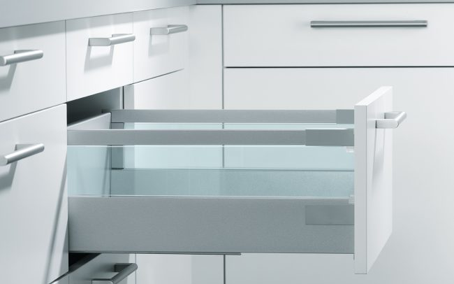 Schuller German Kitchens Cardiff - Pull-Out with Toughened Glass Boxside